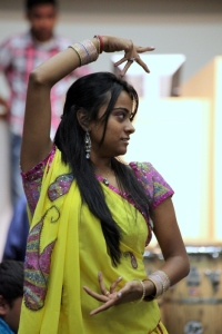 girl dancing image
