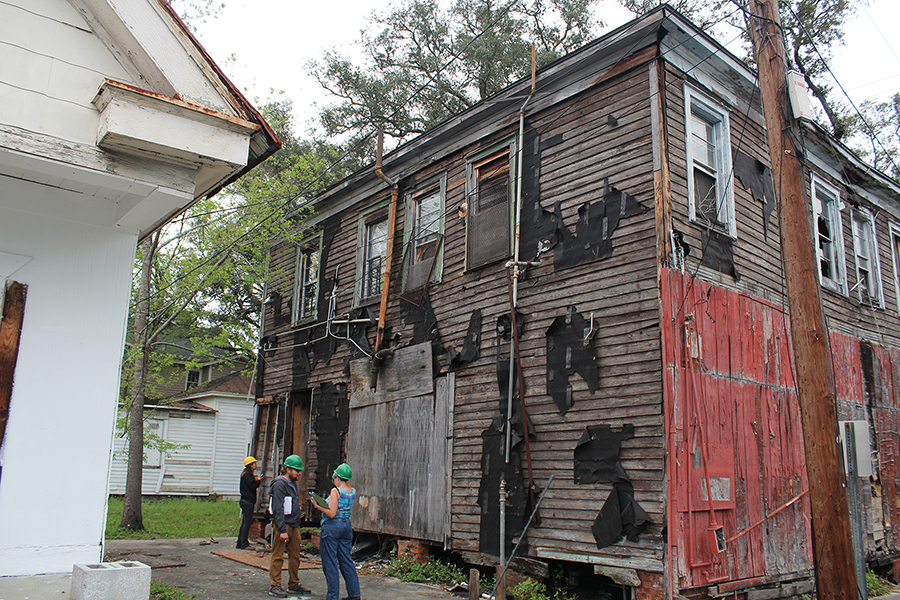 Historic Preservation students document building