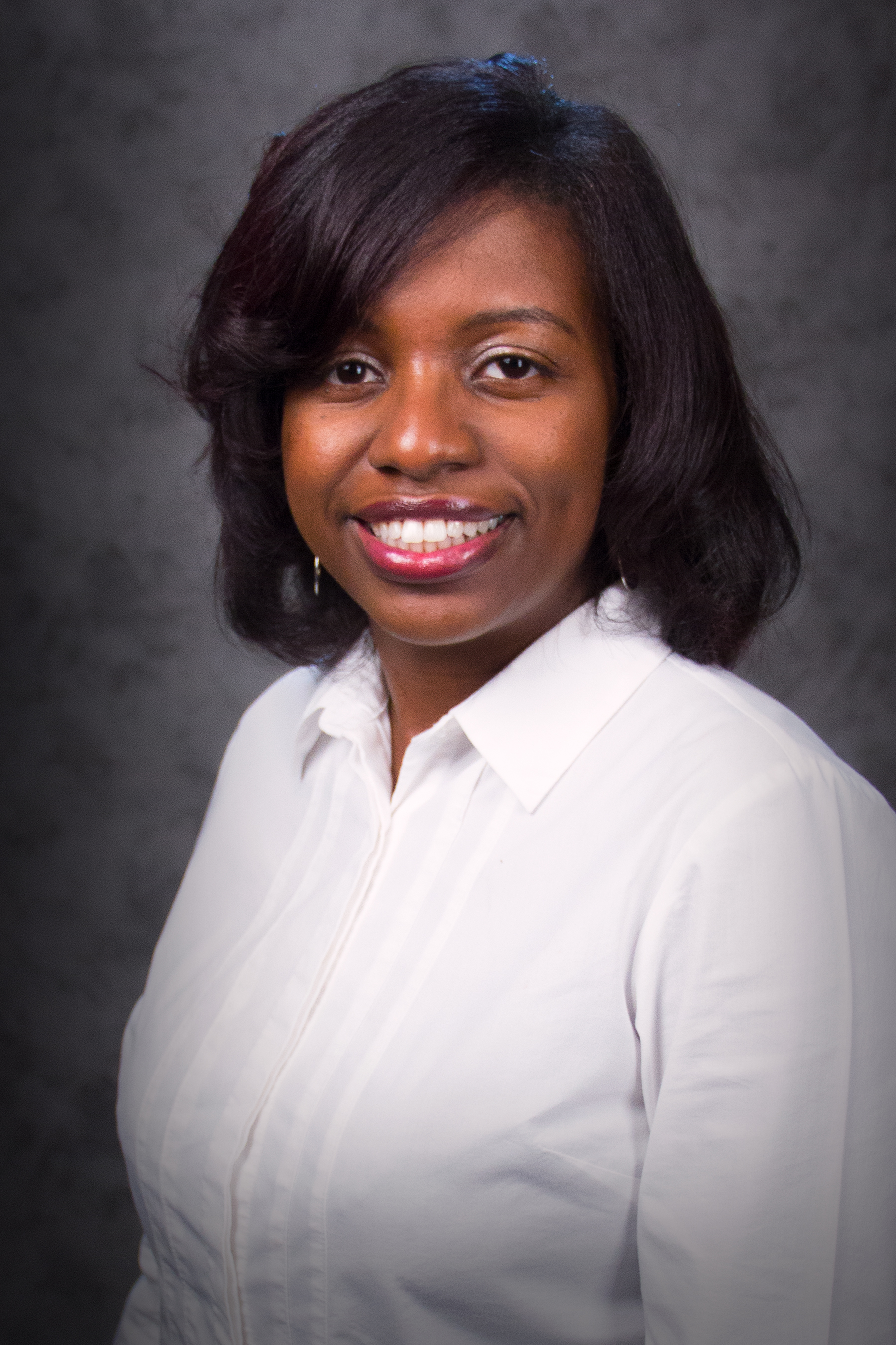 Dr. Ashley Morris (headshot), Dean Business & Professional Services