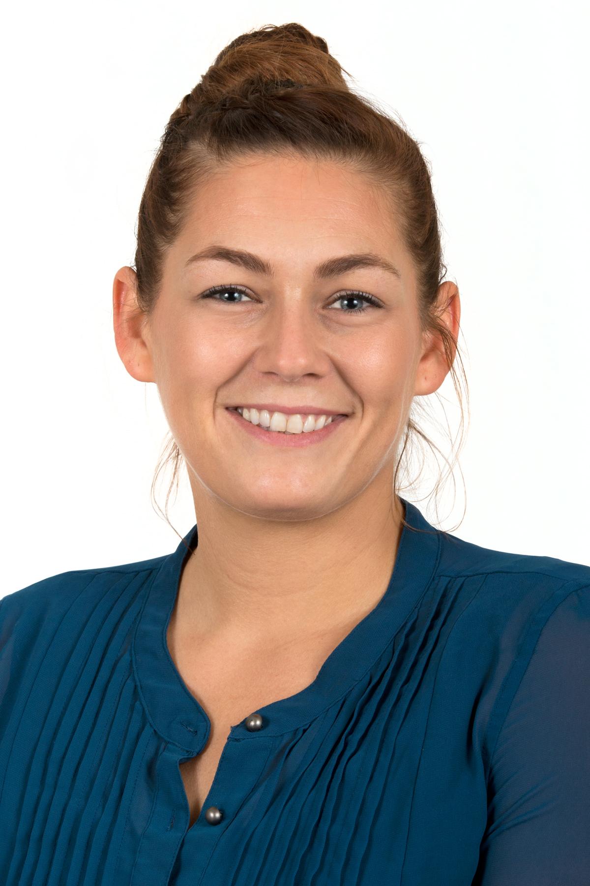 Victoria Nelson headshot
